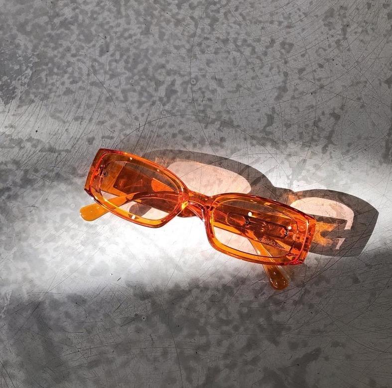 Солнцезащитные очки /// В наших коллекциях можно встретить мировые имена а так же локальные компании оптики со своим уникальным вкусом и ярким дизайном.